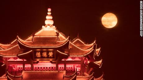01 Kinijos super mėnulis 0427 Uhanas