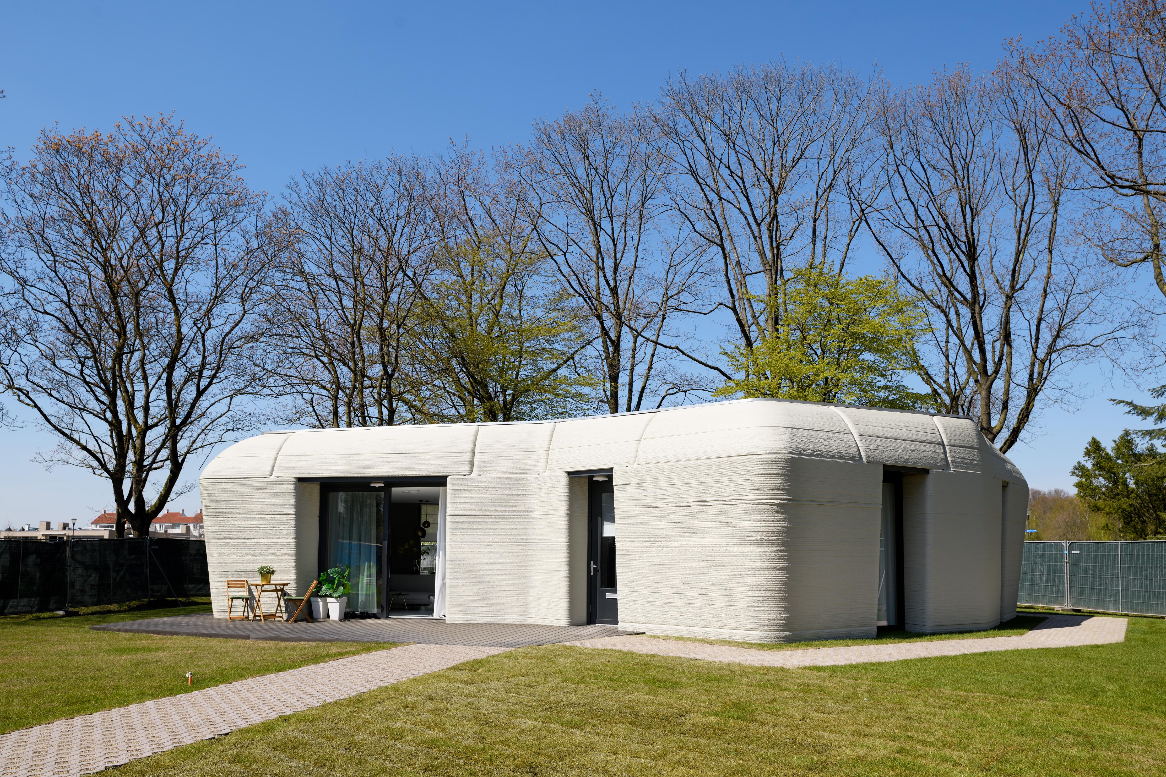 A 3D-printed concrete house in the Netherlands is ready for its first tenants - CNN Style