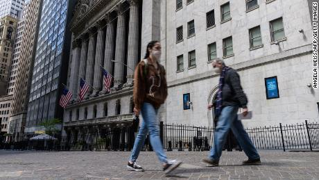 Dow briefly tumbles more than 600 points as surging prices rattle the market