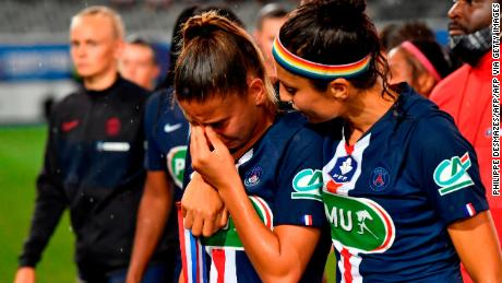 Nadia Nadim consoles her teammate after losing the French Cup final to Lyon in 2020.
