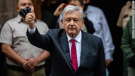 Президент Мексики теряет власть на среднесрочных выборах, отмеченных насилием