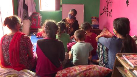 India orphan children coronavirus covid-19 sud pkg intl hnk vpx_00000521