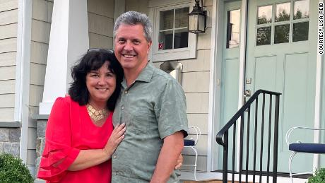 Lisa Reid and her husband, Steve, went out for their first real sit-down dinner since the pandemic to celebrate their 30th wedding anniversary.