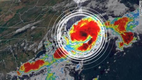 На восточном побережье США высока вероятность развития тропиков в течение следующих 48 часов.