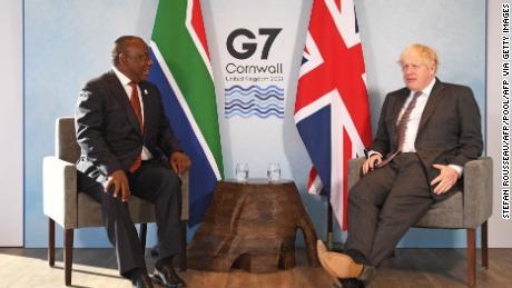 Президент ЮАР Рамафоса призывает страны G7 восполнить пробел в финансировании Covid-19