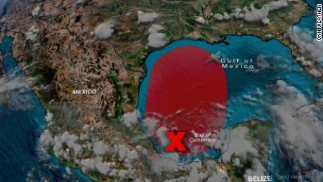 В ближайшие несколько дней высока вероятность развития тропиков в Мексиканском заливе.