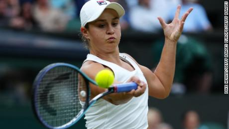 Ashleigh Barty breezed into the Wimbledon semifinals on Tuesday.