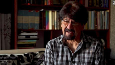 Генерал Хазир Азими сказал, что его сын был ответственен за призыв к поддержке с воздуха, но никто не пришел.