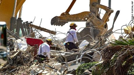 911 calls from Surfside condo collapse reveal confusion and chaos as building came down