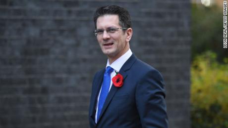 Le député conservateur Steve Baker a suggéré que le parti avait mal jugé les joueurs anglais qui se sont mis à genoux.