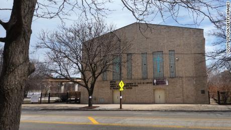 Roberts Temple Church of God in Christ, ubicado en Chicago, es el lugar del funeral de Emmett Till en 1955.  El servicio fue un punto de inflexión en el movimiento de derechos civiles.