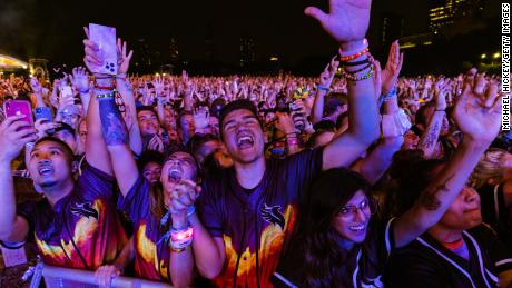 With strict rules in place, Chicago hopes Lollapalooza will be remembered for the great music and not Covid-19 cases