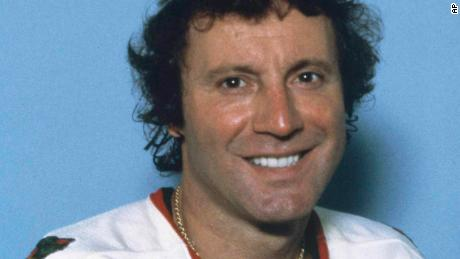 Tony Esposito in 1984