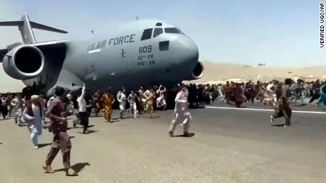 Biden administration faces daunting odds of pulling off massive Afghanistan evacuation in 2 weeks