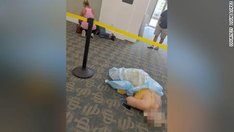 Covid-19 patients await treatment at a Jacksonville library.