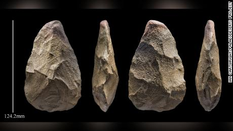This is a 400,000-year-old handaxe stone tool from the Khall Amayshan 4 site.