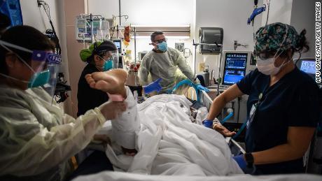 Estudio de los CDC: los no vacunados tienen 11 veces más probabilidades de morir de Covid-19