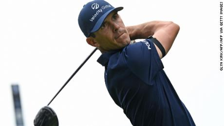 Horschel watches his shot from the 4th tee on Day 4 of the BMW PGA Championship.