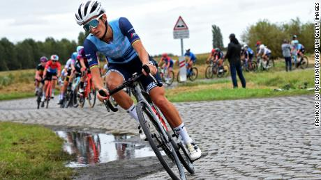 Deignan will receive 1,535 euros for winning the Paris Roubaix Femmes -- about 1/20th of what the winner of the men's race will take home.