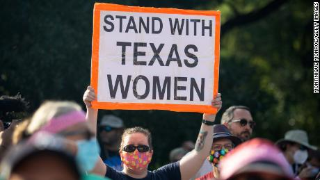 Texas asks appeals court to restore its 6-week abortion ban