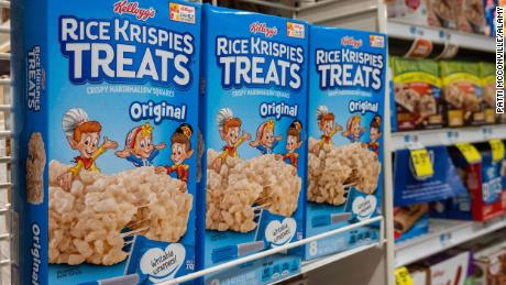"""Rice Krispies Treats """"will remain below service expectations,"""" Kellogg said in an email last month and requested that stores don't promote the products."""
