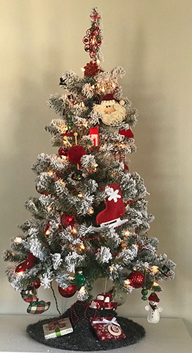 Holiday Decorating Debate When Is The Best Time To Deck The