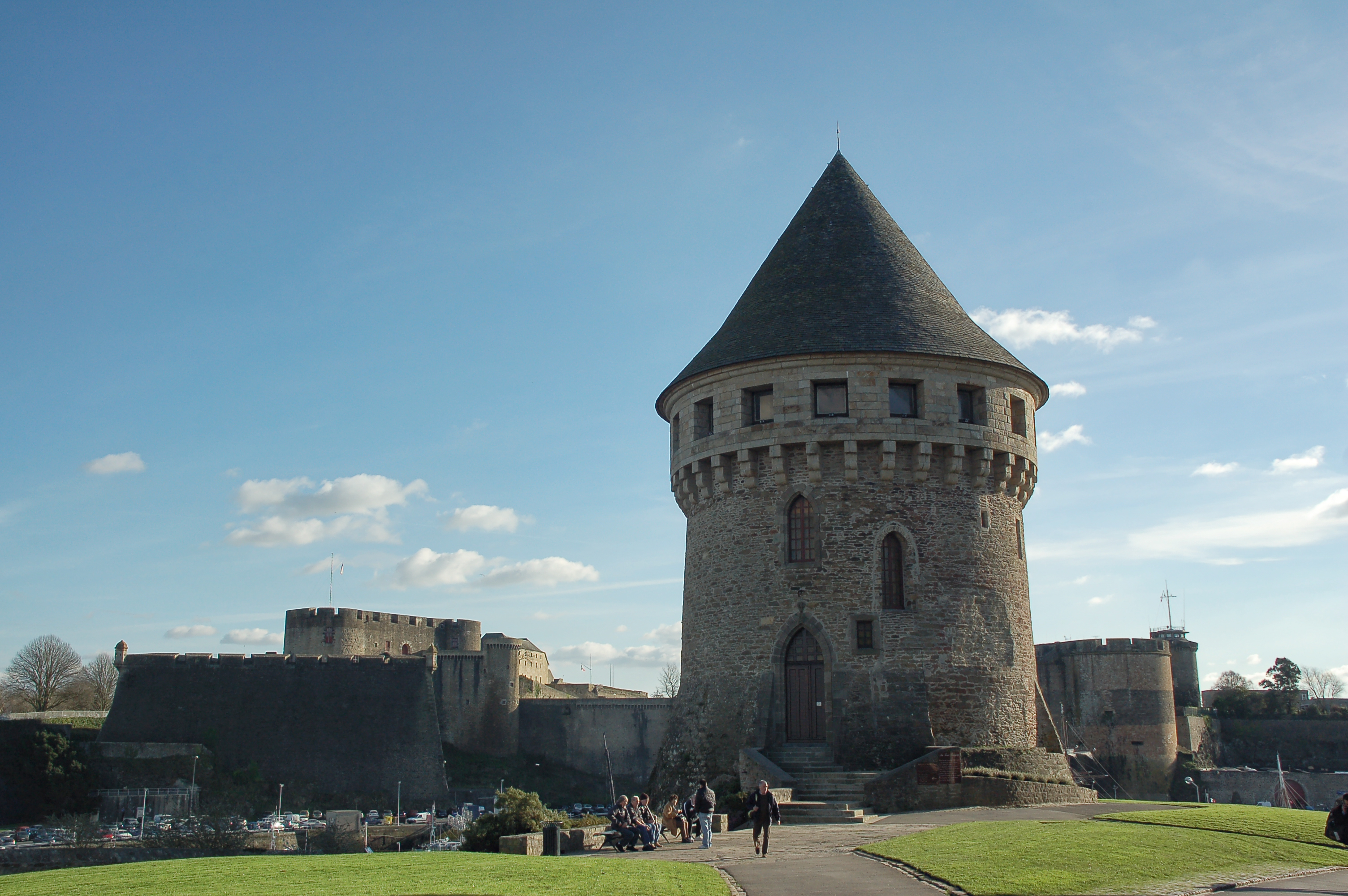 120625084056 Brest Tour Tanguy