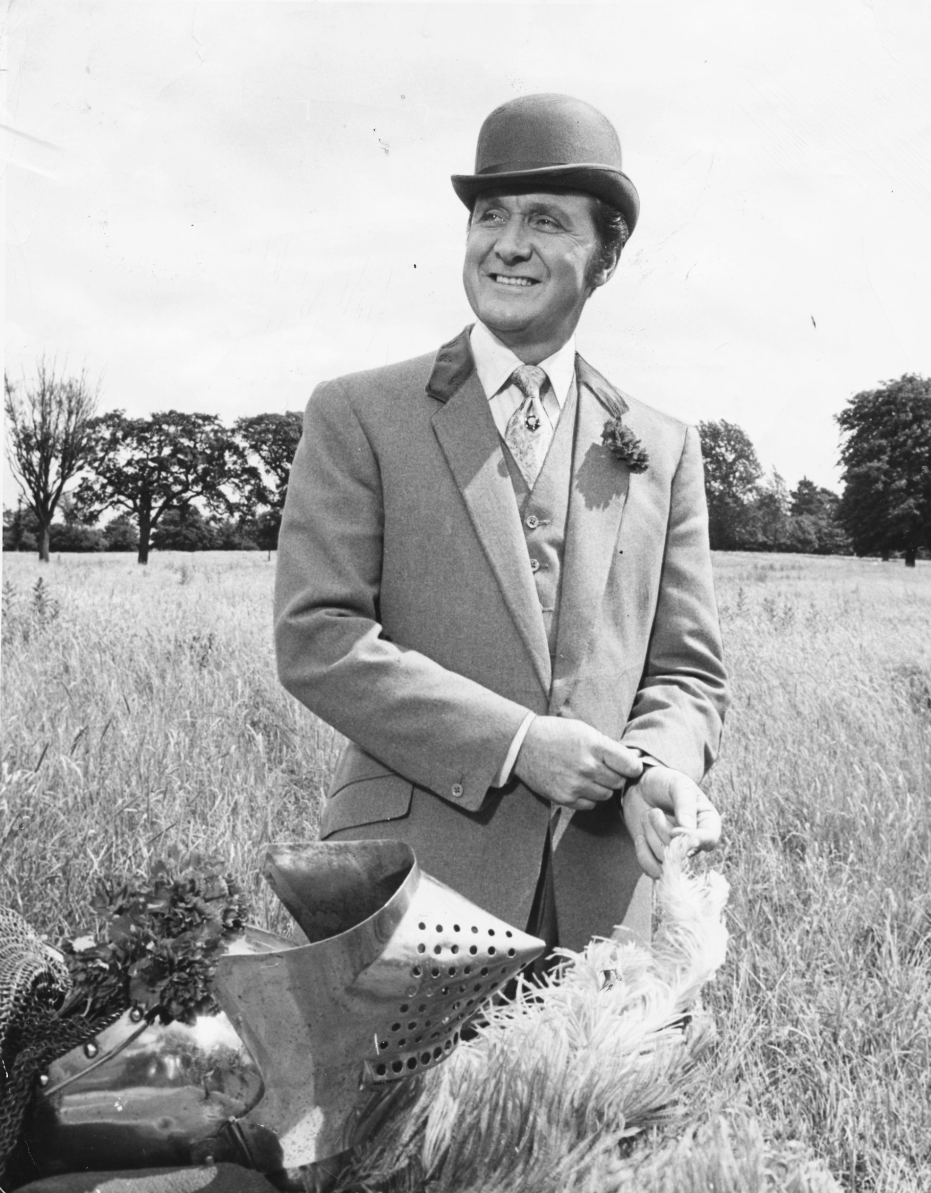 Watch Patrick Macnee (1922?015 (naturalized American citizen) video