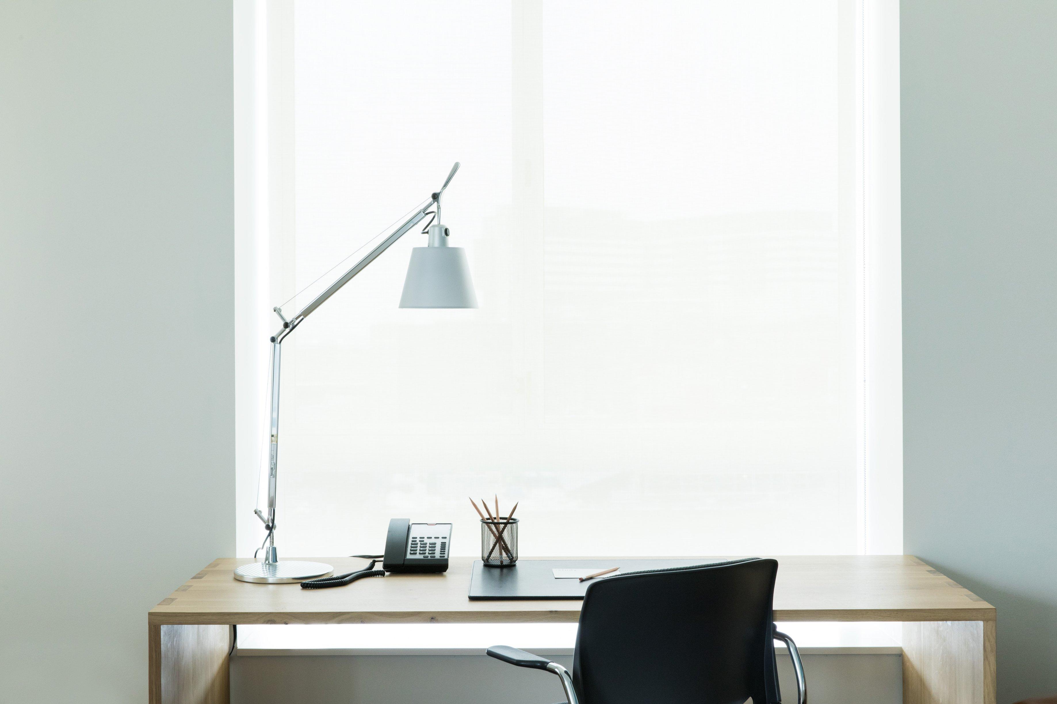 170228134340-study-hotels-desk.jpg