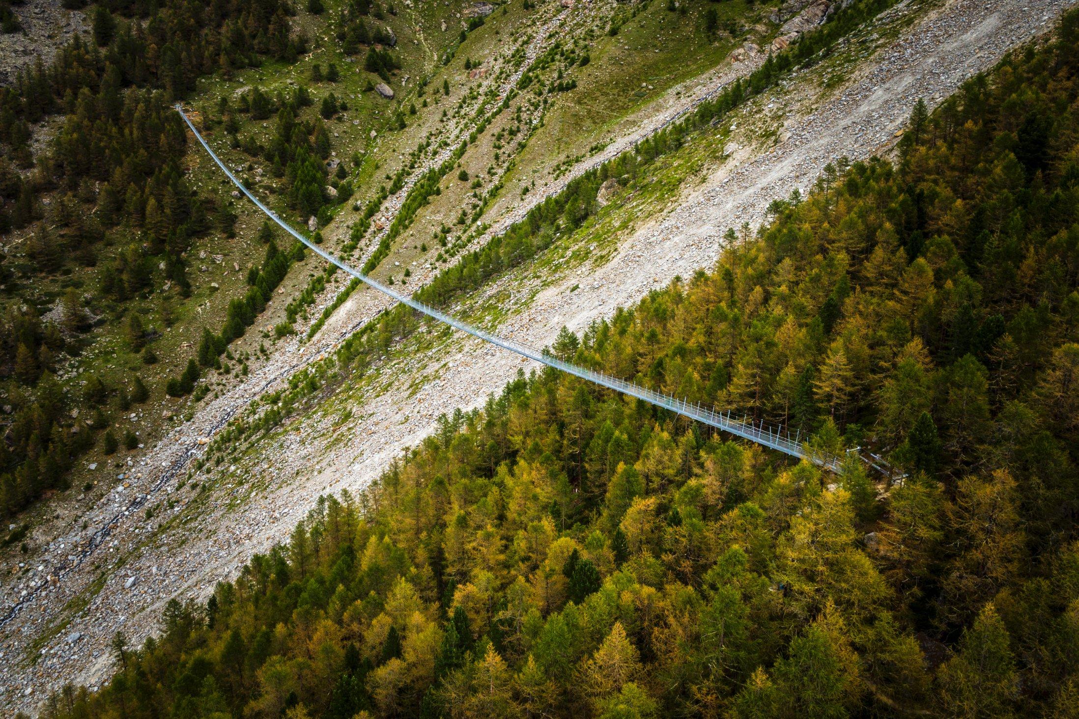 170731112003 charles kuonen suspension bridge 2 jpg  rh   cnn