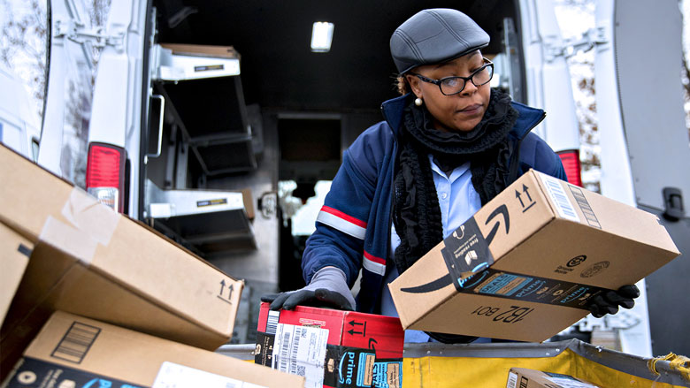Amazon starts delivering packages on Sundays