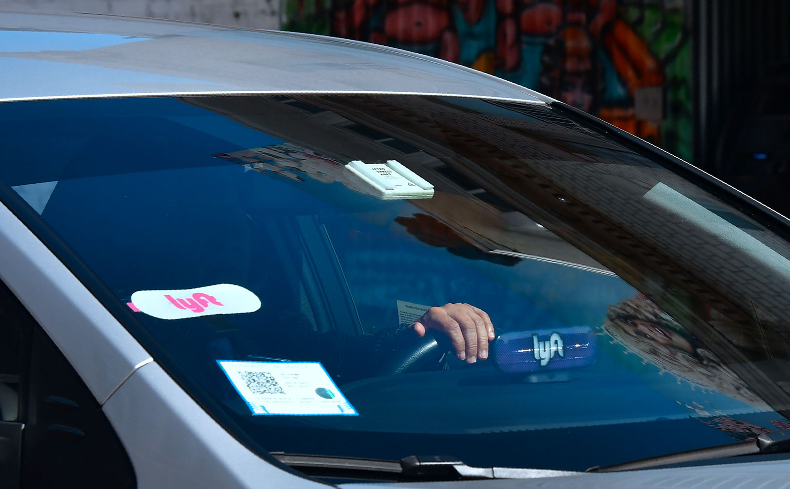 Lyft aims for a $23 billion valuation