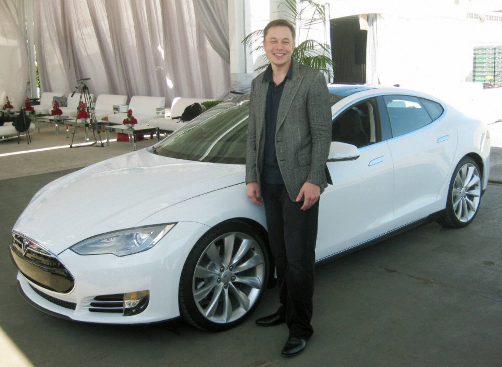 Musk shows off the Model S