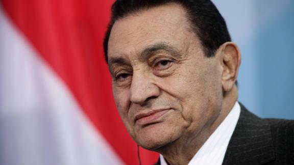 Egyptian President Hosni Mubarak speaks to the media following talks with German Chancellor Angela Merkel at the Chancellery (Bundeskanzleramt) on March 4, 2010 in Berlin, Germany.