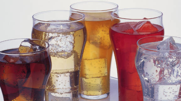 Americans get 8% of daily calories from sugary drinks, a study from the CDC