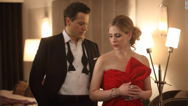 "Sarah Michelle Gellar and Ioan Gruffudd star in The CW's ""Ringer."""