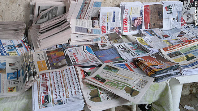 A well-stocked newspaper stand in Benghazi, Libya. Photo: Torben Brandt/IMS
