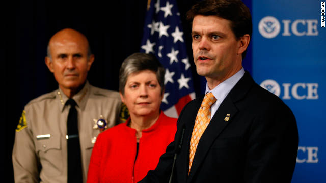 ICE Director John Morton, right, with Los Angeles County Sheriff Lee Baca and Homeland Security Secretary Janet Napolitano.