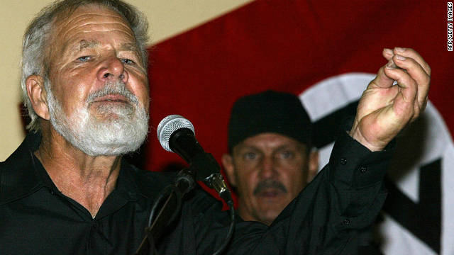 Eugene Terreblanche gives a press conference in 2004 after being released from prison in Potchefstroom