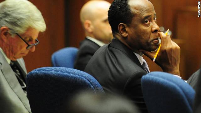 Conrad Murray's trial has been delayed after the father of the prosecution's last witness died.