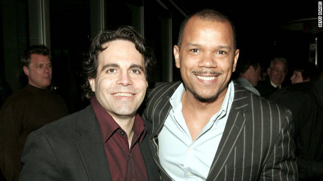 Comedian Mario Cantone has married his partner of 20 years, musical theater director Jerry Dixon.
