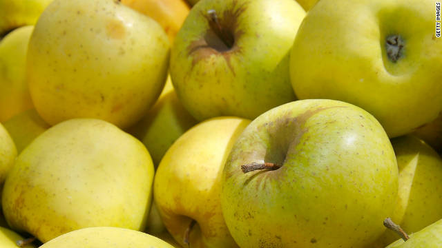 Golden Delicious apples are among the Arctic's non-browning varieties.