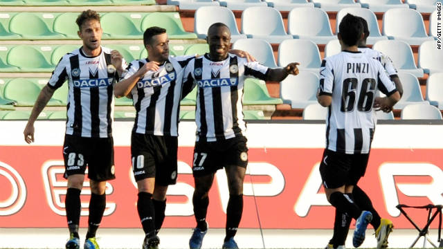 Antonio Di Natale (No.10) celebrates after giving Udinese a narrow victory over Palermo on Sunday.