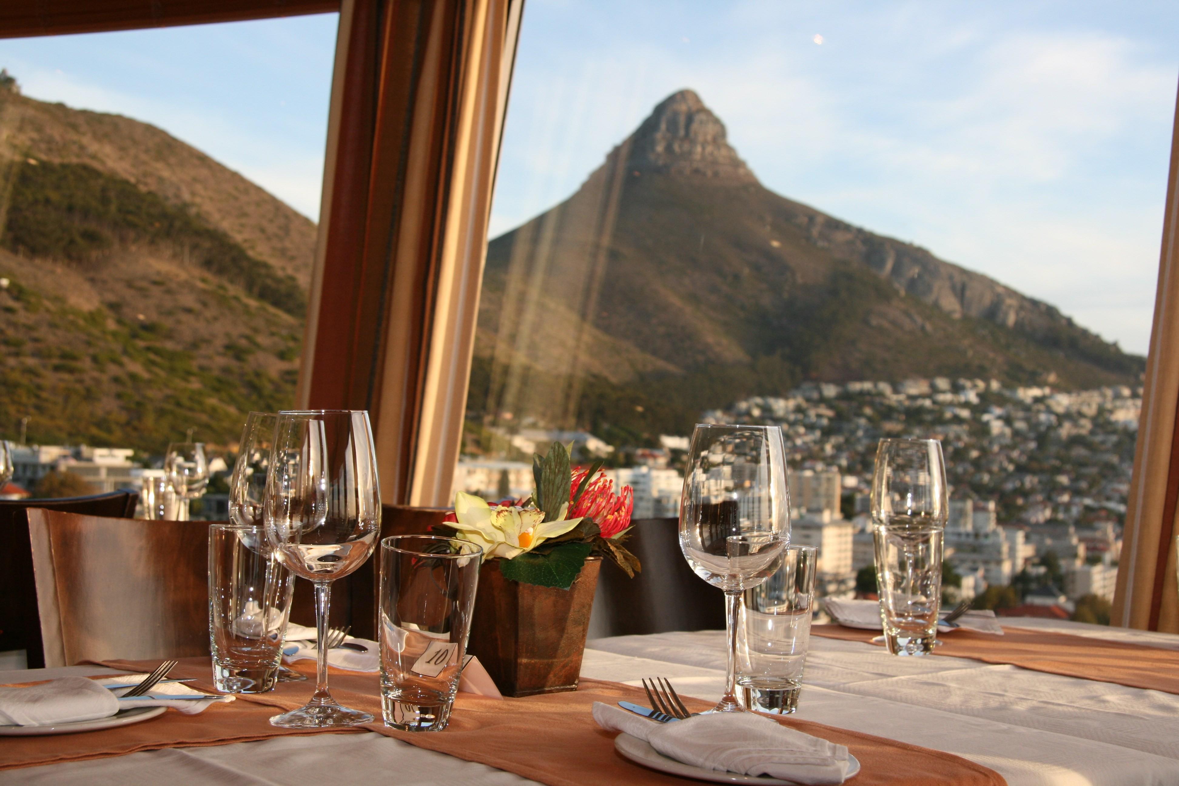 Worlds Top Revolving Restaurants CNN Travel - Table mountain casino buffet menu