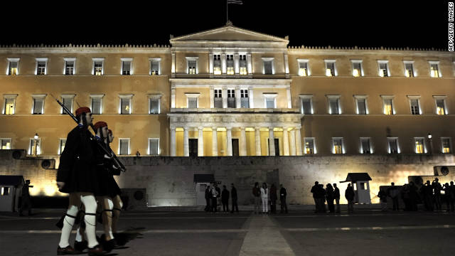 Greek Presidential guards in front of the Greek Parliament where Prime Minister George Papandreo faces a confidence vote.