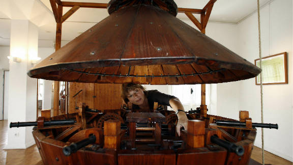 """In 2006, the Galerie Mennonitenkirche in Germany showed an exhibition of """"The Machines of Leonardo da Vinci."""" Here, an employee readies the contemporary version of da Vinci"""