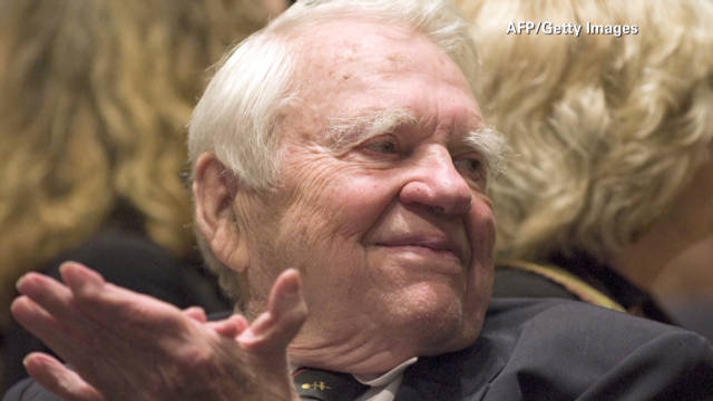CBS commentator Andy Rooney dies at 92