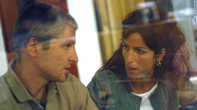 A picture of Francisco Javier Garcia Gazteluis at a Madrid court with companion Irantzu Gallestegi Sodupe 'Amaia' in June 2007.