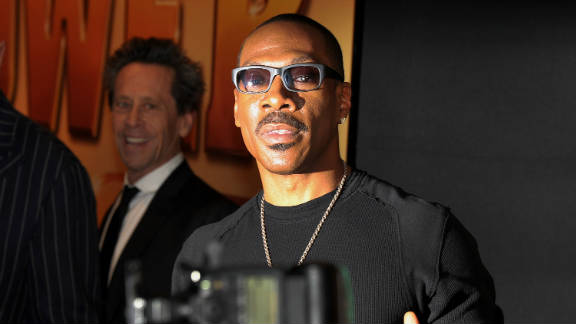 "Eddie Murphy, shown here at the premiere of his new film ""Tower Heist,"" has pulled out of hosting the Academy Awards."