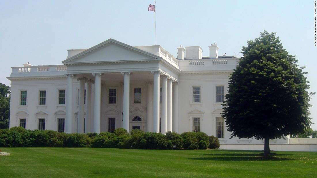 car and bomb claim at white house sets off security alert. Black Bedroom Furniture Sets. Home Design Ideas